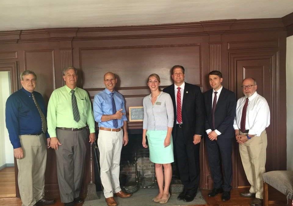 Gov. Chris Sununu Visits American Independence Museum